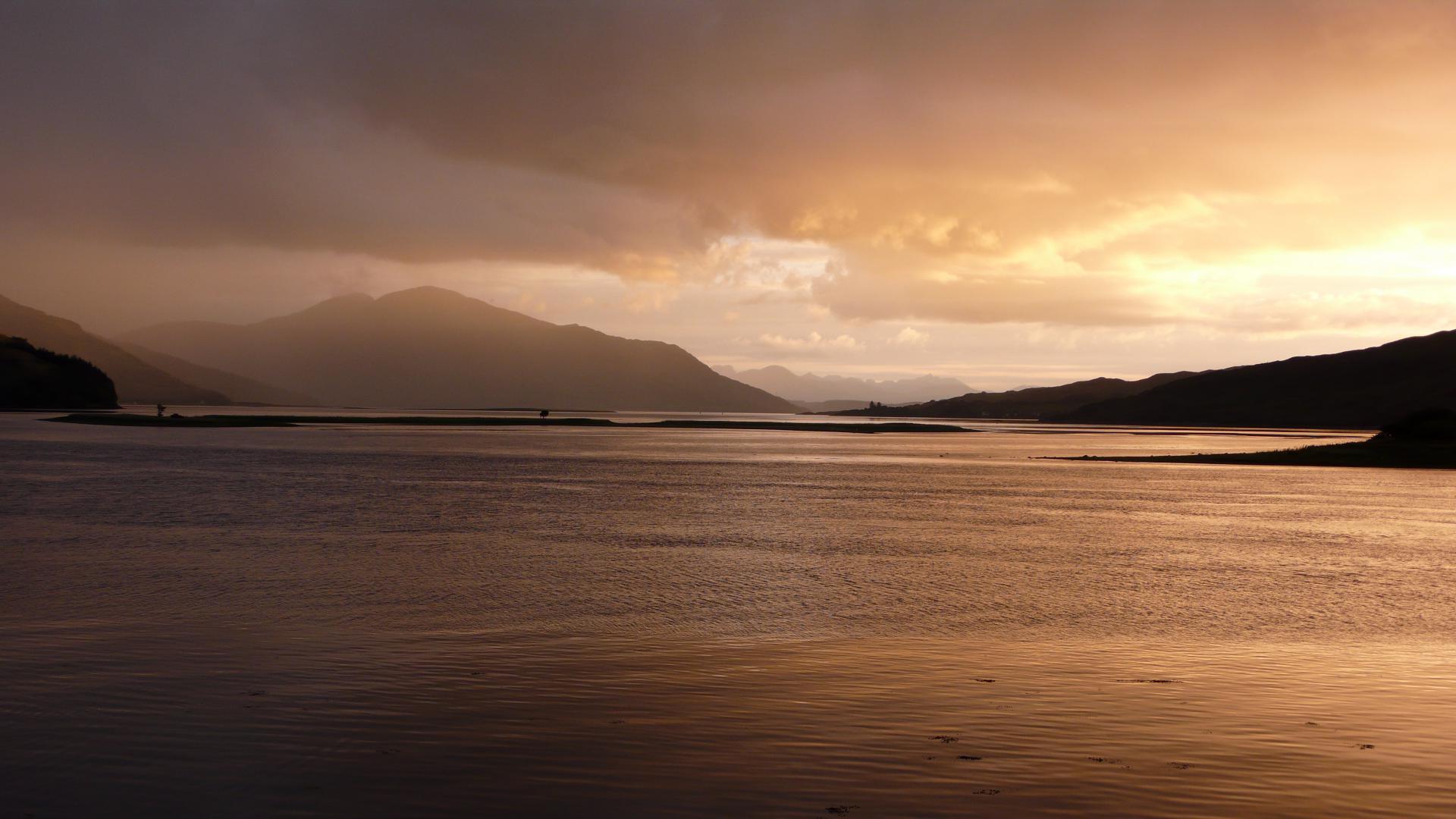 Kintail: Sonnenuntergang über Loch Duich