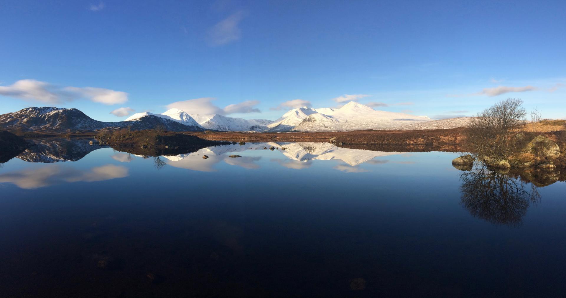 Hat zwar nichts mit Reiserecht zu tun, ist aber ein schönes Schottlandbild
