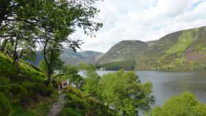 Wanderer bei Loch Muick