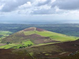 Llyn Hills