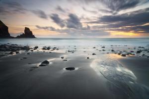 Sonnenuntergang bei Talisker Bay, Skye