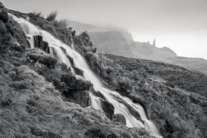 Wasserfall am Old Man of Storr, Skye Fotoreise